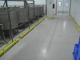 Kunststof doorrijbeveiliging ø70 mm. -1500mm.x125mm. brede voetplaat