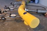 Kunststof doorrijbeveiliging ø100 mm. -2500mm.x155mm. brede voetplaat