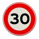 Verkeersbord met snelheidsaanduiding 30