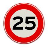 Verkeersbord met snelheidsaanduiding 25
