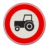 Verkeersbord C8 Gesloten voor motorvoertuigen die niet sneller rijden dan 25 km/h