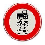 Verkeersbord C9 Gesloten voor ruiters, vee, wagens en motorvoertuigen < 25km/h