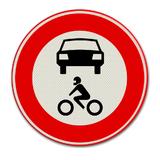 Verkeersbord C12 - gesloten voor alle motorvoertuigen