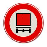 Verkeersbord C22 - Gesloten voor voertuigen met bepaalde gevaarlijke stoffen