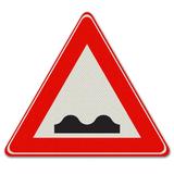 Verkeersbord J1 - Waarschuwing slecht wegdek