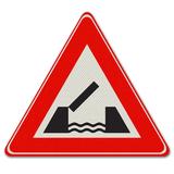 Verkeersbord J15 - Waarschuwing voor beweegbare brug