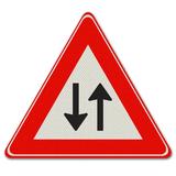 Verkeersbord J29 - Waarschuwing voor tegenliggers