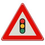 Verkeersbord J32 - Waarschuwing voor verkeerslichten
