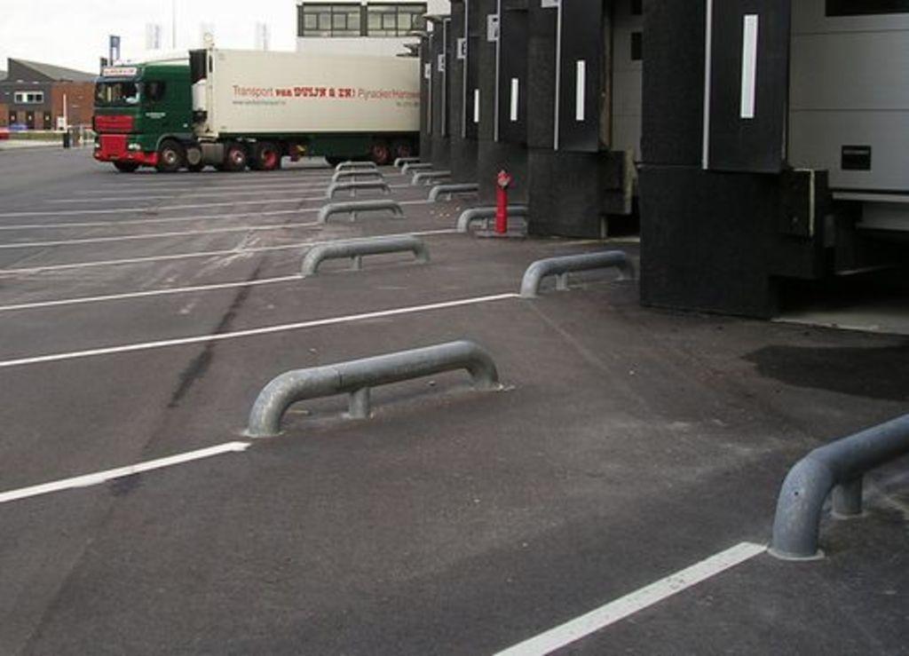 Wieldwingers met knik 1950 mm. in asfalt/klinker