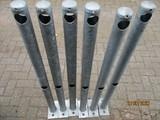 Leuningpalen Ø60 lengte 1350mm. op voetplaat vv 2 gaten (6 stuks)